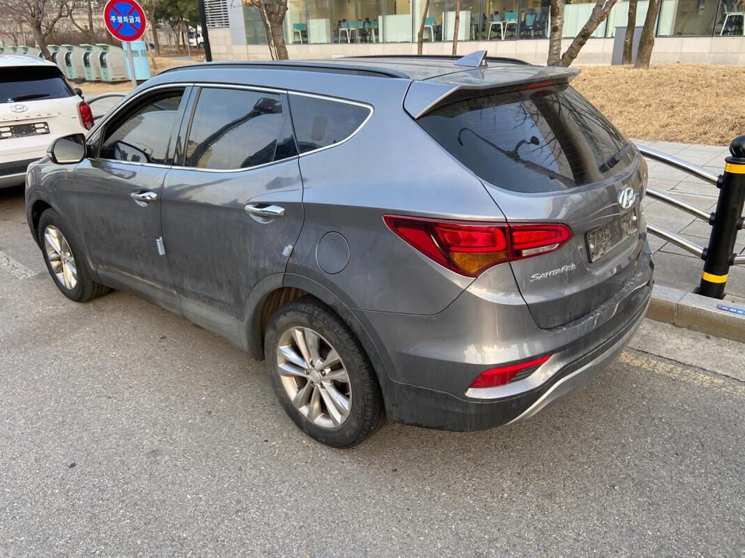 Hyundai Santa FE (2016)