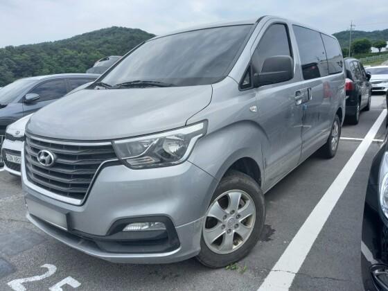 Hyundai Grand Starex (2018)