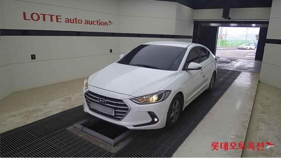 Hyundai Avante (2015)