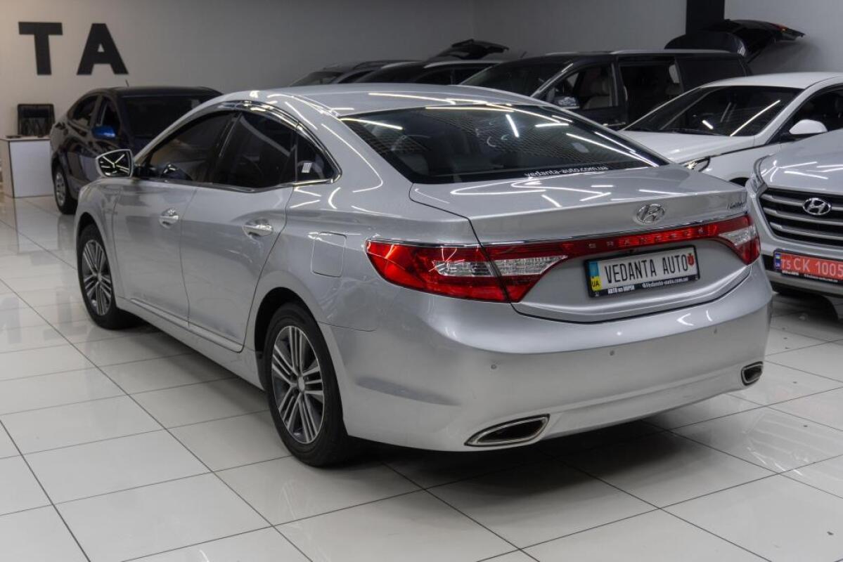 Hyundai Grandeur (2013)