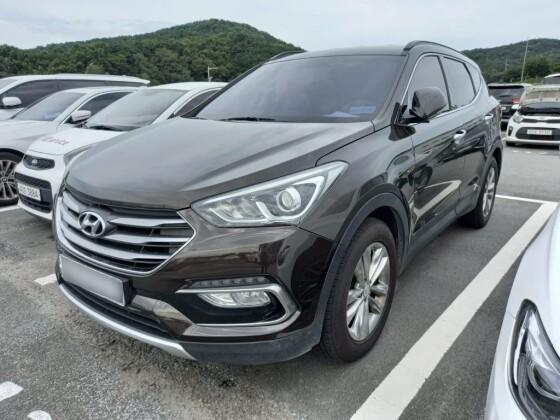 Hyundai SantaFE (2015)